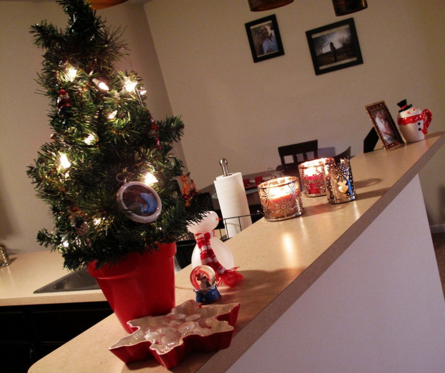 How to Decorate Your Small Apartment for Christmas
