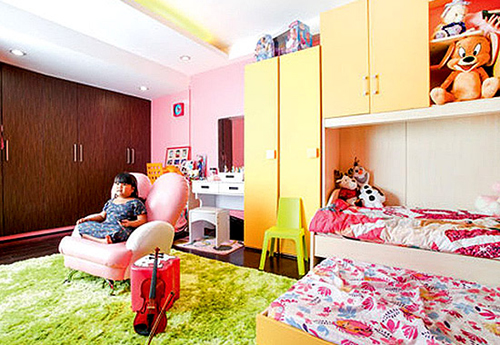 Ryzza's amazing bedroom in his house